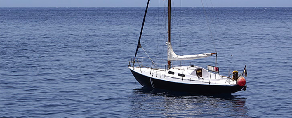 Small Sailing boat under 30ft