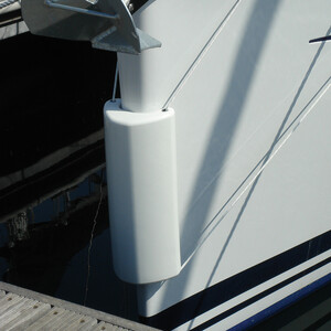 Bow Fender - White
