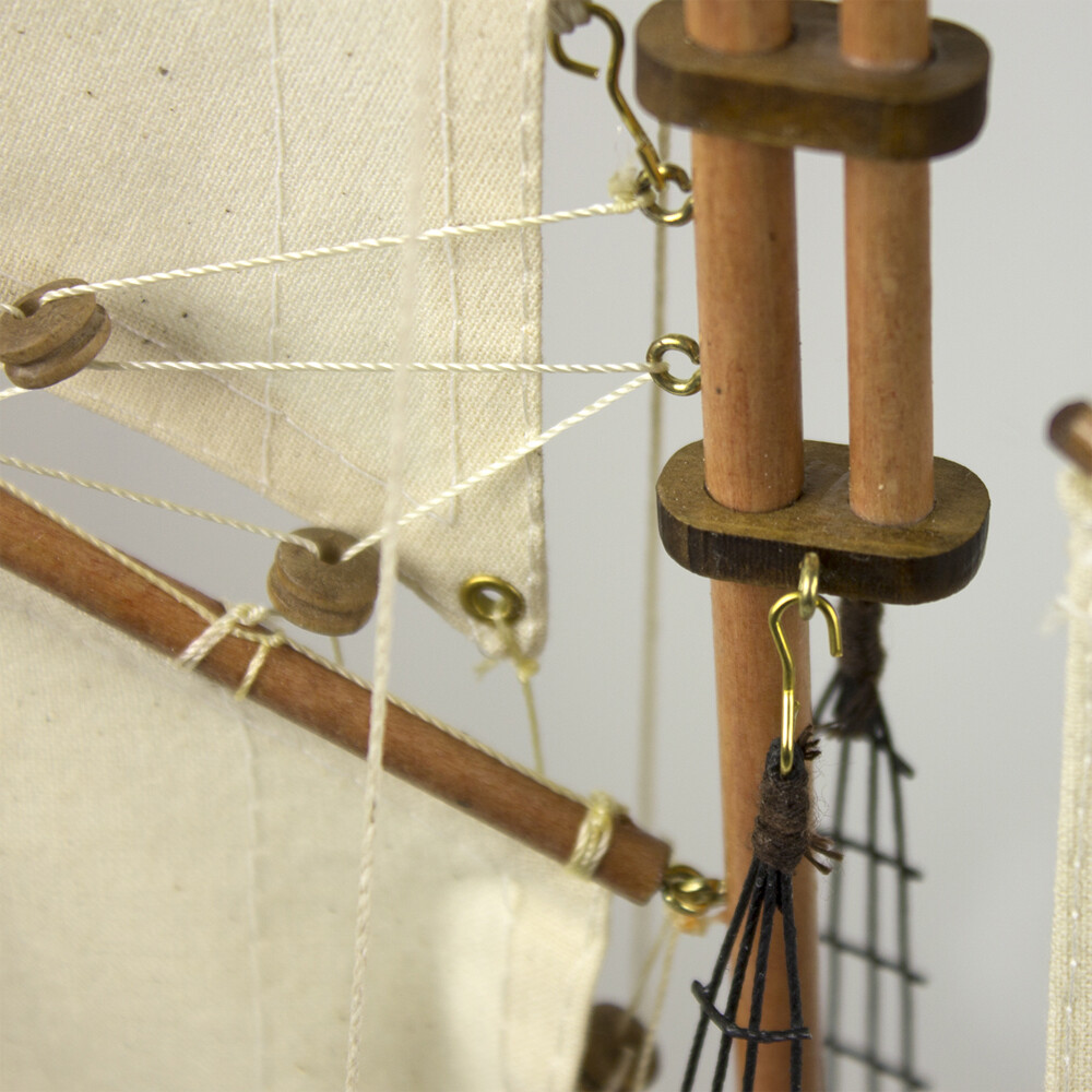 Model Yacht - Atlantic