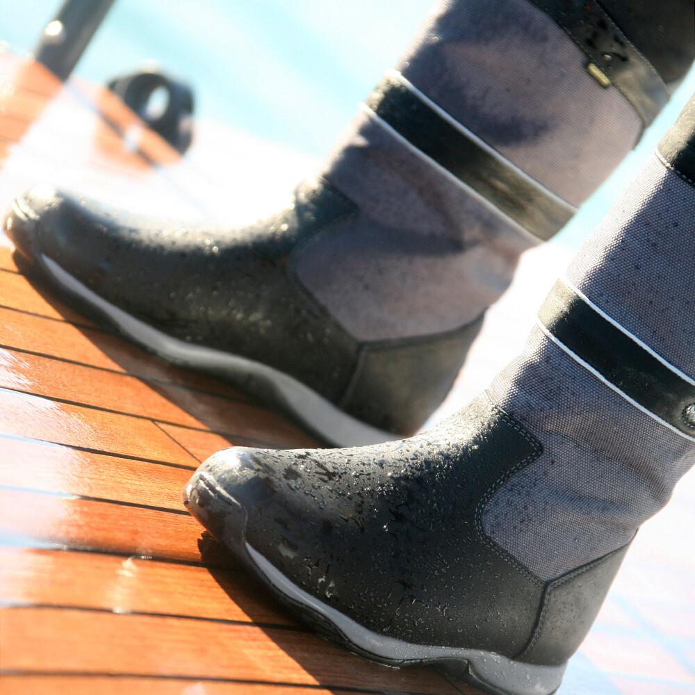 Newport Sailing Boot