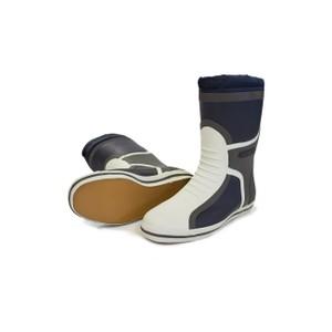 Short Deck Boot